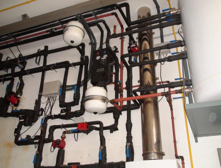 Instalación calefacción vivienda unifamiliar
