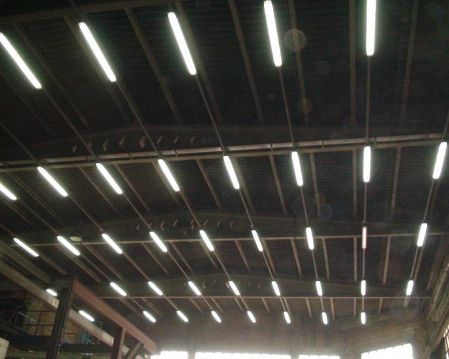 Instalación iluminación industrial